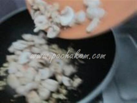 Step 4 Chinese Mushroom-Capsicum Pulao Recipe