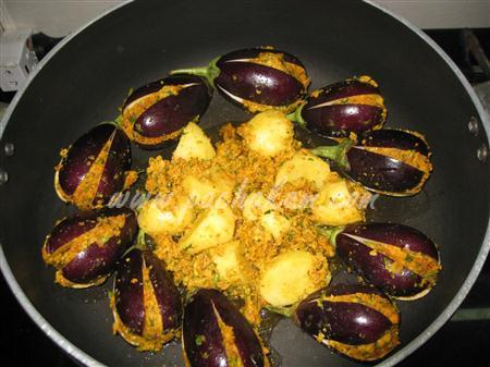 Step 6 Stuffed Brinjal (Bharela Vangi) (Step By Step Phot Recipe