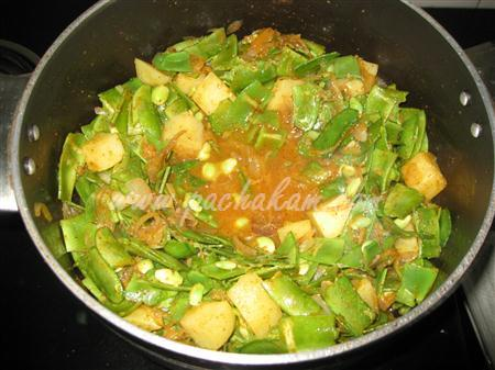 Step 4 Papdi Aloo Bhaji (Step By Step Photos) Recipe