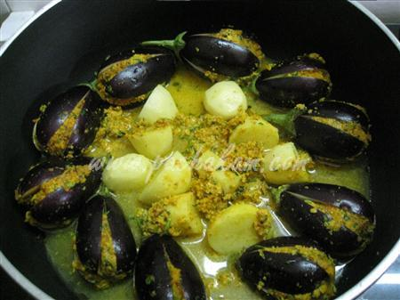 Step 7 Stuffed Brinjal (Bharela Vangi) (Step By Step Phot Recipe