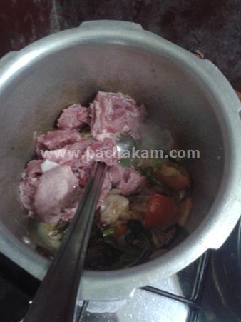Step 6 Kunjipathilu In Beef Curry Recipe