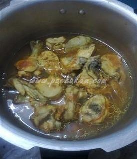 Step 1 Bread Nirachu Porichathu Recipe