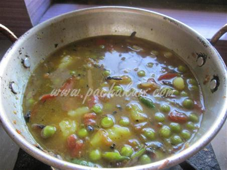 Step 5 Green Peas Curry  Recipe