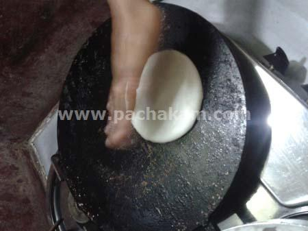 Step 4 Malabar Style Thadicha Pathiri Recipe