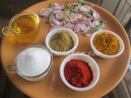 Step 2 Fresh Bombil (Bombay Duck) Curry Recipe