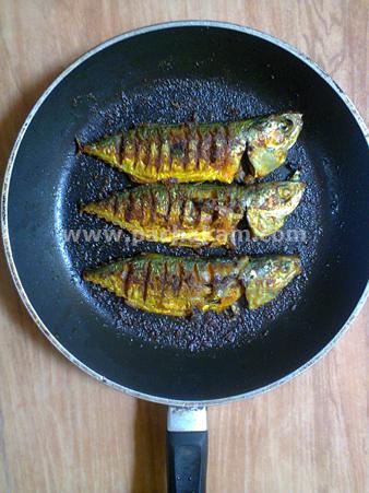 Step 2 Mackerel Majboos Recipe